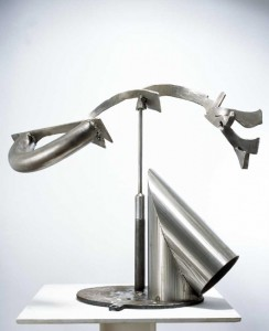 MARK DI SUVERO 马克•迪•苏沃尔 Meru 弥须山 , 2007 Stainless steel 不锈钢 29 x 36 x 22 inches; 73.7 x 91.4 x 55.9 cm
