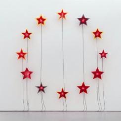 """Liu Xinyi, """"One Night back to Wartime"""", beacon lights, timer, acrylic panels, dimensions variable, 2014刘辛夷,《一夜回到解放前》,航标灯,控制器,亚克力板,尺寸可变,2014"""