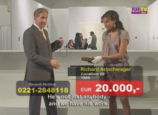 """克里斯坦·扬可夫斯基,《艺术市场TV》,录像剧照,2008 / Christian Jankowski, """"Art Market TV"""", video stills, 2008"""