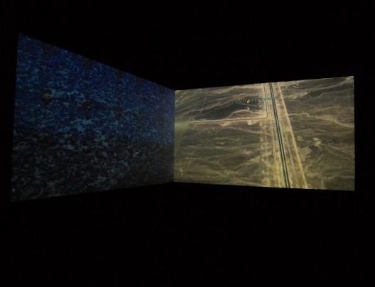 雎安奇  《大字:Vol.1》 双屏录像 17' 2015
