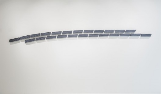 "皮诺·皮奈利,《画GR》,混合媒介,每件9 × 32 cm,2004  / Pino Pinelli, ""Pittura GR"", mixed media, 9 × 32 cm each, 2004"