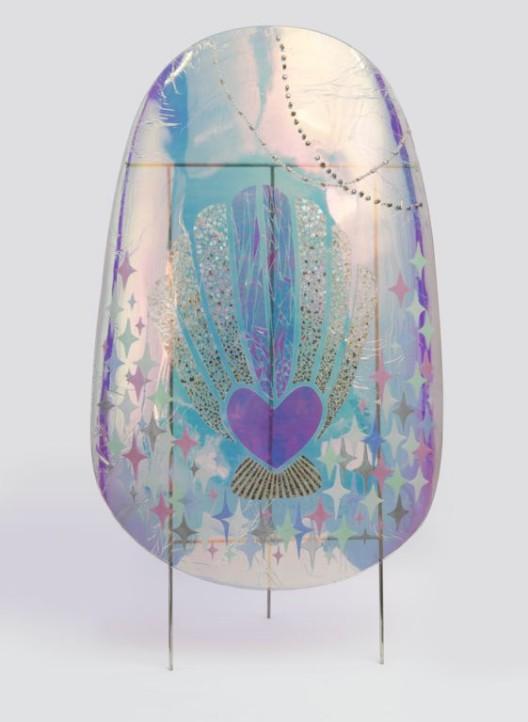 《巨甲阵- 珍珠贝》,综合材料,205×105cm,2016