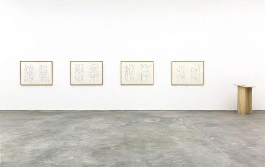 《绘画史中的道路》,书 喷绘版画,17.5×12cm,130p 2011,88×120cm×4,2016