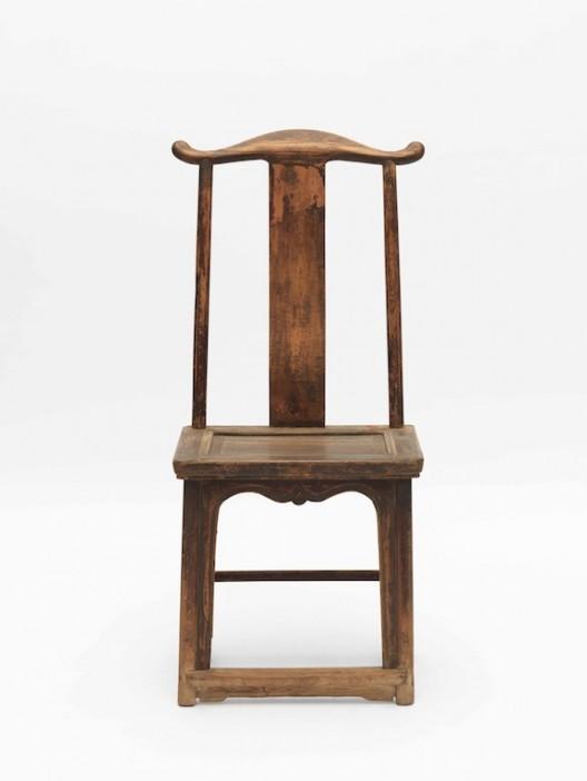 AI Weiwei, Fairytale Chairs (D-061), 2007, Chaise en bois, dynastie Qing, approx 103 x 53 x 42 cm