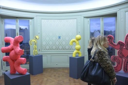 Pure fun by Jason Matthew Lee at Galerie Crèvecour, Paris Internationale