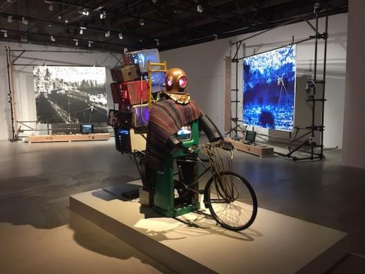 Nam June Paik with Liu Xiaodong at background in Chronus Art Center