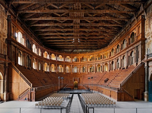 © AHMET ERTUG, Teatro Farnese, Parma, Italy, 2016. Courtesy of ELIPSIS PROJECTS (Istanbul & London)