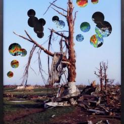 《天气灾难》 摄影,UV打印照片、玻璃、铝板,2012 / 《Disasters of the Weather》 photograph 2012