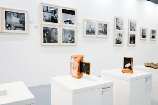 """""""2016集美·阿尔勒国际摄影季"""",展览现场 /"""