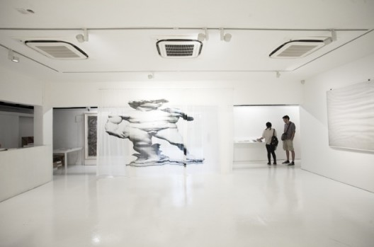"Installation view of ""Xue Mu—Liquid Truth"" ""牟雪:液态真理""展览现场"