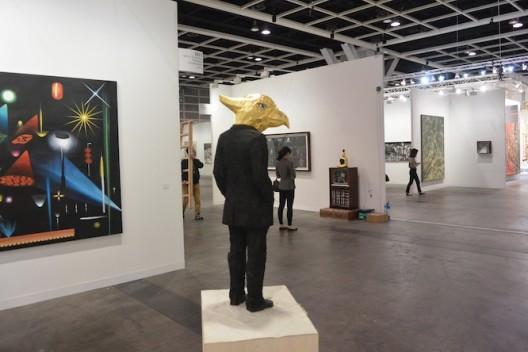 Stephan Balkenhol at Mai 36 Galerie (image Ran Dian magazine)