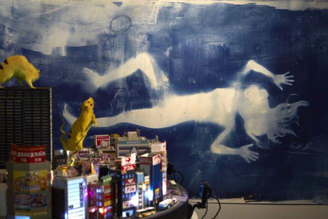 "Chim↑Pom,《绘制未来》,2016 (版权:Chim↑Pom;鸣谢:艺术家和东京MUJINTO Production;摄影:KENJI MORITA)/ Chim↑Pom, ""Drawing Mirai"", 2016 (© Chim↑Pom; courtesy of the artist and MUJINTO Production, Tokyo; photo by KENJI MORITA)"