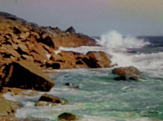 James Welling Seascape, 2017 Colorized 16 mm film transferred to digital video, 5:18 min, stereo sound Dimensions variable Courtesy the artist and David Zwirner, New York/London