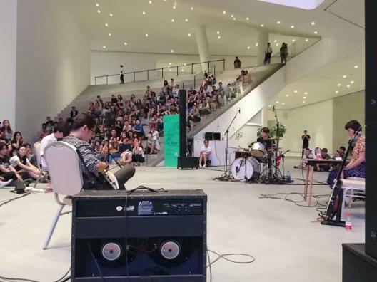"""""""吹万在美术馆"""",2016年8月27日,北京民生现代美术馆"""