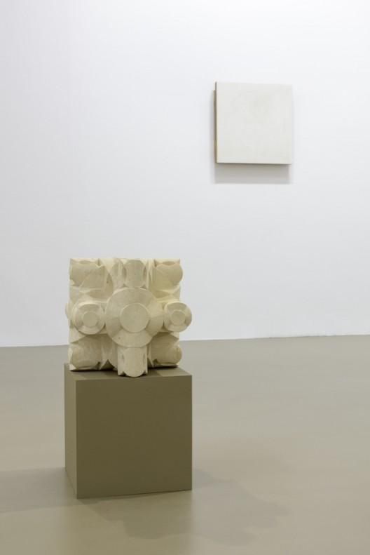 Gabriel Orozco Solo exhibition at Galerie Chantal Crousel, Paris  September 9 - October 7, 2017 (Courtesy of the artist and Galerie Chantal Crousel, Paris. Photo : Florian Kleinefenn)