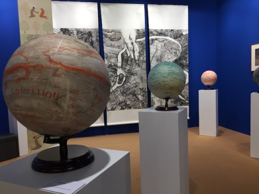 Qiu Zhijie's new globes (image courtesy the artist and Hanart TZ, Hong Kong photo Chris Moore)