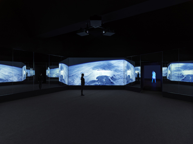 Doug Aitken installation at Faurschou Foundation (image courtesy the artist and Faurschou Foundation)