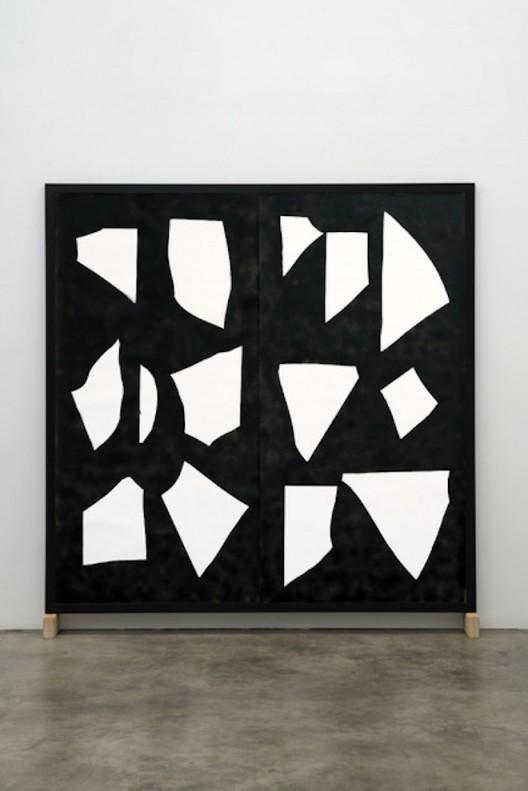 Ariel Hassan SHADOW RAIN, 2019 enamel on paper 180 x 180cm Image courtesy of the artist and GAGPROJECTS   Greenaway Art Gallery, AUSTRALIA   BERLIN