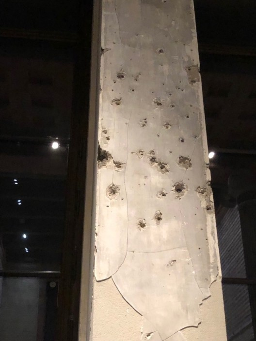 柏林新博物馆的柱子,2020