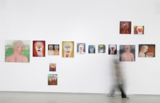 "米利亚姆·卡恩油画作品,""灵与景""展览现场,四方当代美术馆 work by Miriam Cahn, installation view at 'Ten Thousand Things', Sifang Art Museum, Nanjing"