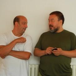 AWW_LarryWarsh_Beijing_Sept2011  拉里•沃希 (Larry Warsh) 和 艾未未 (2009年9月,北京)