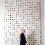 Damien Hirst and his dots.  达米恩·赫斯特和他的圆点。