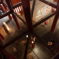 Red Gate Gallery, interior