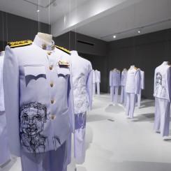 "Jakkai Siributr, ""Rape and Pillage, embroidery on 39 Thai civil service uniforms, dimensions variable, 2013Jakkai Siributr,""强奸和掠夺"",39套泰国公务员制服上刺绣,可变尺寸,2013"