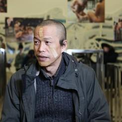 "He Yunchang following the performance of ""The Spring."" Photo: Ye Yuanfeng, White Box Museum of Art 何云昌,《春天》行为, 2010(图片谢鸣白盒子艺术馆)"