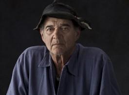 Larry Bell.2010 photoERIC SCHWARTZ -1