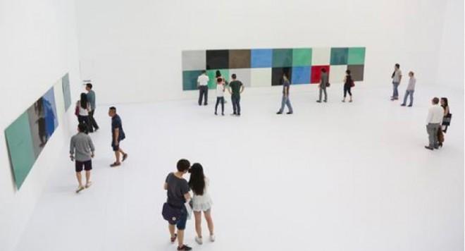 """Yan Lei's solo exhibition """"Bilder, die(nie) verschwinden 颜磊个展""""图像,未(不)死""""展览现场"""
