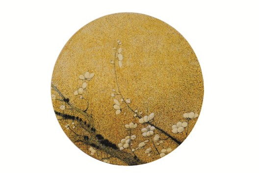 Lot 拍品编号 91 YANG QIAN 杨千 (Chinese, B. 1959) Plum Blossoms in Song Dynasty Style - No. 5 《仿宋新梅图- 第五号》 acrylic and mixed media on canvas压克力 综合媒材 画布 diameter: 116 cm. (45 5/8 in.) Painted in 2013, 2013 年作 HK$  200,000-  350,000 US$   25,600-   44,900