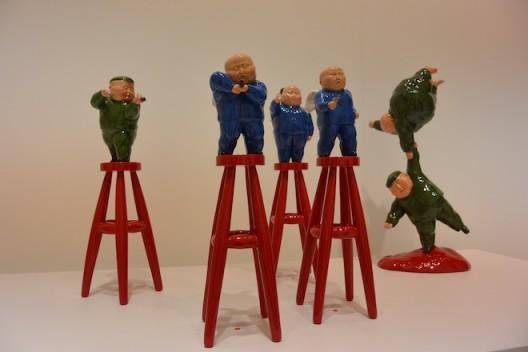 Miniatures by Xiang Jing and Qu Guangci. 向京和瞿广慈的微缩雕塑