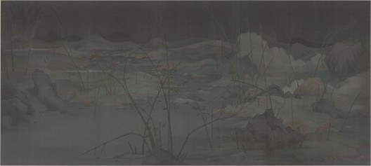 """Hao Liang, """"Eight Views of Xiaoxiang 1"""", Ink and color on silk, 380 x 169 cm(framed 411 x 200 cm), 2014郝量,《潇湘八景一》,绢本重彩,380 x 169 厘米(裝裱后411 x 200 厘米),2014"""