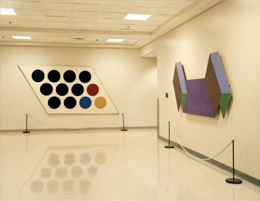 《中情局的艺术,原中情局总部大楼,兰格利,维吉尼亚州》 档案专用喷墨印刷,94.6 x 113 cm,2007