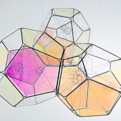 """Tomás Saraceno, """"55 Cnc d/M+M"""", metal, iridescent panels , steel thread, polyester rope, fishing line, metal wire, 90 x 106 x 100 cm, 2015. (Courtesy: the artist and Esther Schipper, Berlin. Photo: © Studio Saraceno)"""
