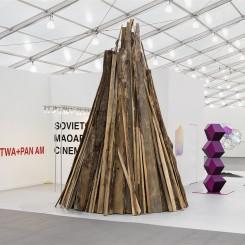 Esther Schipper/Johnen Galerie. Courtesy the artists and Esther Schipper / Johnen Galerie. Photo: Andrea Rossetti