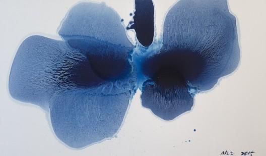 "MaoLizi, ""Ambiguous Flower Series No.1"", oil on canvas, 195 x 114 cm, 2015(courtesy the artist and Pékin Fine Arts)毛栗子(b.1950, 北京,中國),《花非花 No.1》,布面油畫,195 x 114 cm,2015(图片由艺术家和北京藝門提供)"