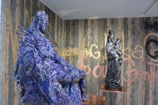 Paulina Olowska scene at Simon Lee Gallery