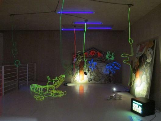 徐坦,《匀速,变速之一》,装置,1992 。Xu Tan,