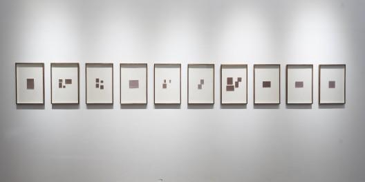 《黑暗中什么都可以发生》,摄影(一套10个),40x60 cm (每个),独版,2016 / Hu Yun,