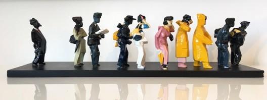 JU Ming Lining up, Living World series, 2002, resin sculpture, 70 x 18.5 x 18.6 cm, 12 000 _ 15 000 euros