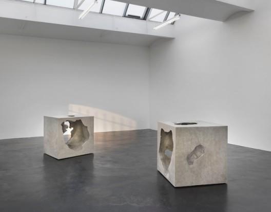 installation views © 2016 Olafur Eliasson (courtesy the artist and neugerriemschneider, Berlin, photo: Jens Ziehe, Berlin)