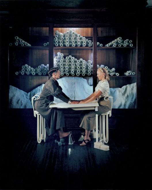 马修•巴尼,《悬丝2》,剧照,1999(摄影:Michael James O'Brien;版权:马修•巴尼1999;鸣谢:Gladstone Gallery/纽约/布鲁塞尔)/ Matthew Barney, CREMASTER 2, Production still, 1999(©1999 Matthew Barney, Photo: Chris Winget, Courtesy Gladstone Gallery, New York and Brussels)