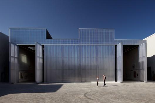 Concrete, Front Exterior, Image credit Mohamed Somji, Photo courtesy Alserkal Avenue (5)