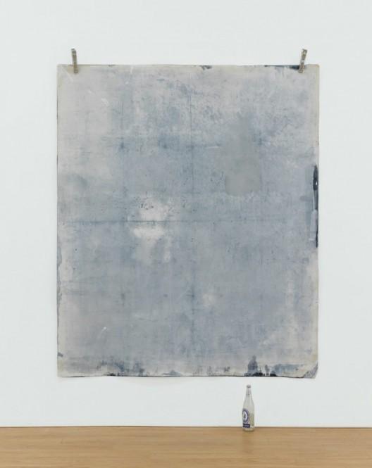 """Jeremy Everett, """"Auto Exposure #1 (Ap Lei Chau)"""", Cyanotype on canvas, 196 x 166 cm, 2015 杰里米·埃弗雷特,《自动曝光#1(鸭脷洲)》,蓝印、帆布,196 x 166 cm,2015"""