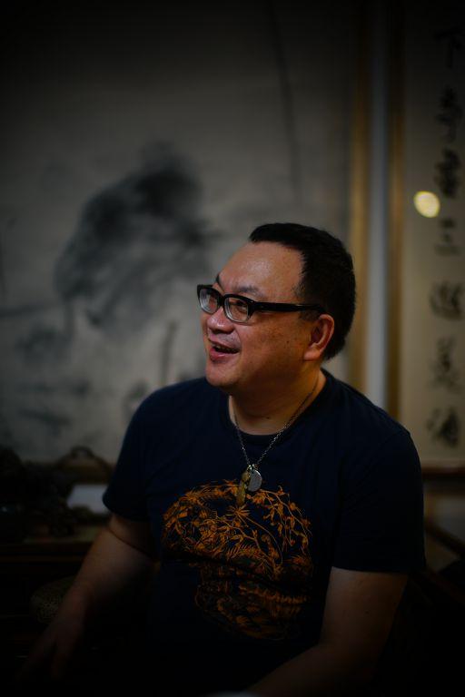 郑力(图片由艺术家及汉雅轩提供) ZHENG Li (Image Courtesy of the Artist and Hanart TZ Gallery)