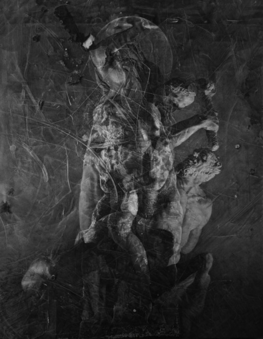 "ZHANG Yunyao, ""Study in Figures"", 2017 Graphite on felt, 300 x 225 cm, Courtesy the Artist, Perrotin and Don Gallery張雲垚,⟪形體習作⟫, 2017,石墨毛氈,300 x 225 cm 圖片提供:藝術家、貝浩登與東畫廊"