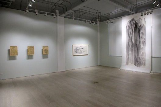 "2015年,《徐龙森》,香港 汉雅轩。(图片由艺术家及汉雅轩提供) ""XU Longsen"", Hanart TZ Gallery, Hong Kong, 2015. (Image Courtesy of the Artist and Hanart TZ Gallery)"