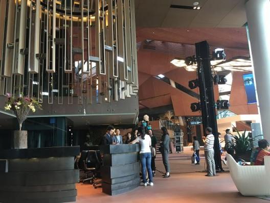 Exhibition center lobby 展览中心大厅